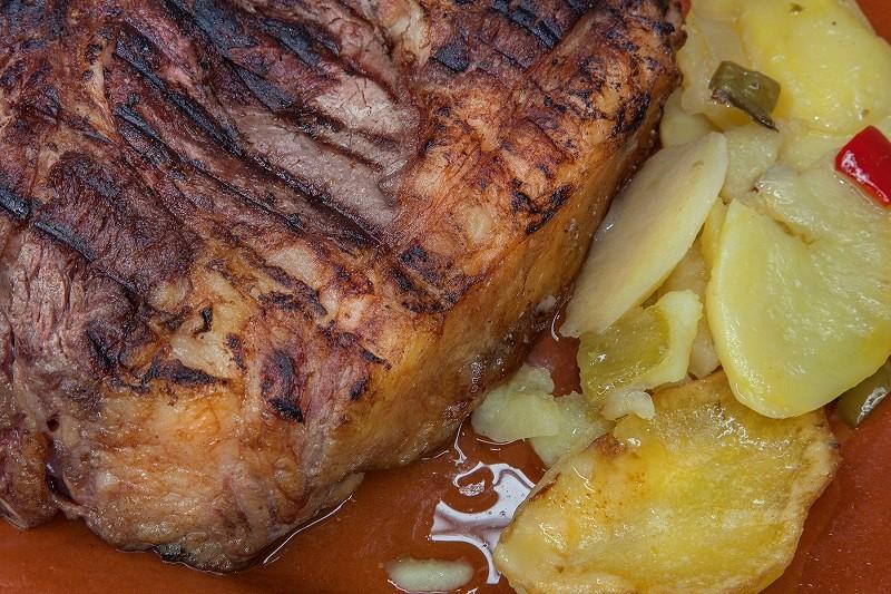 Platos típicos más demandados - Carne asador del rey